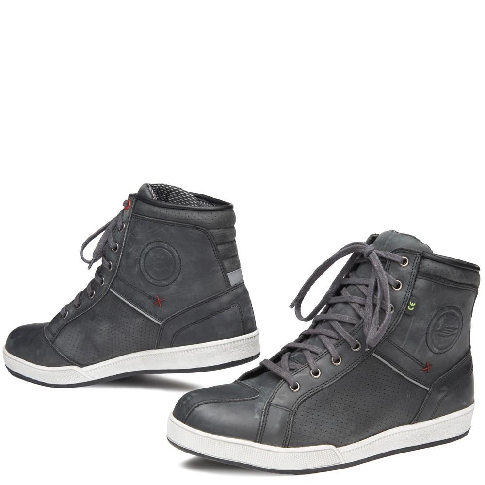 grå mc sko